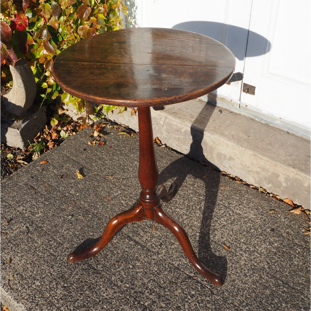 18th century oak tilt top tripod table
