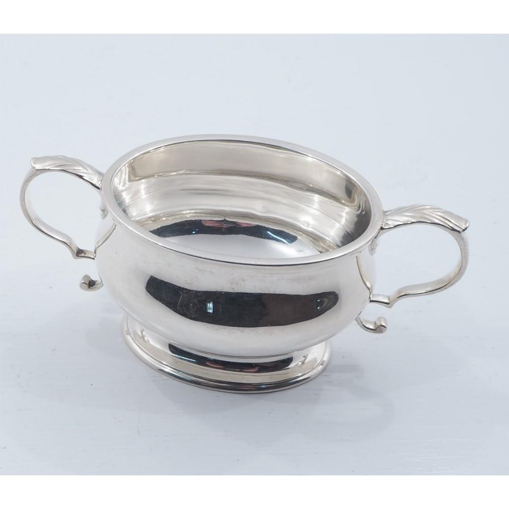 heavy grade silver sugar bowl london 1920