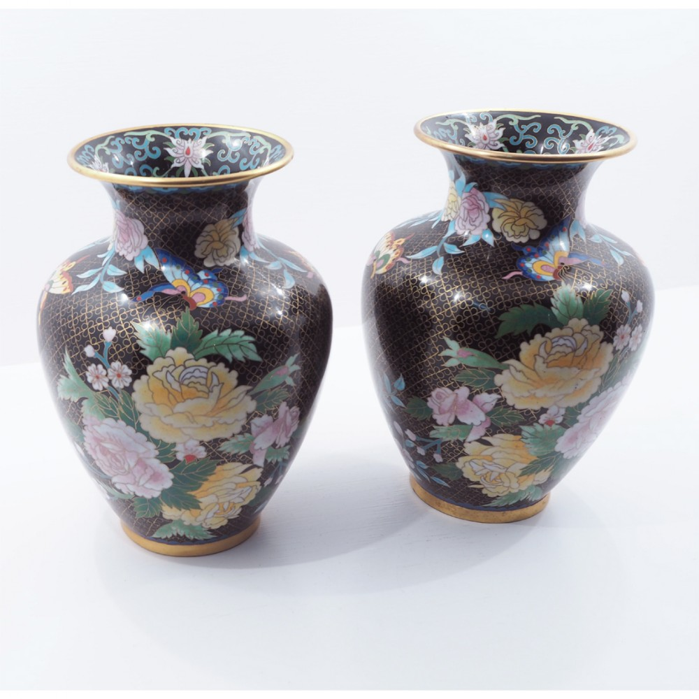 fine pair of chinese cloisonne vases