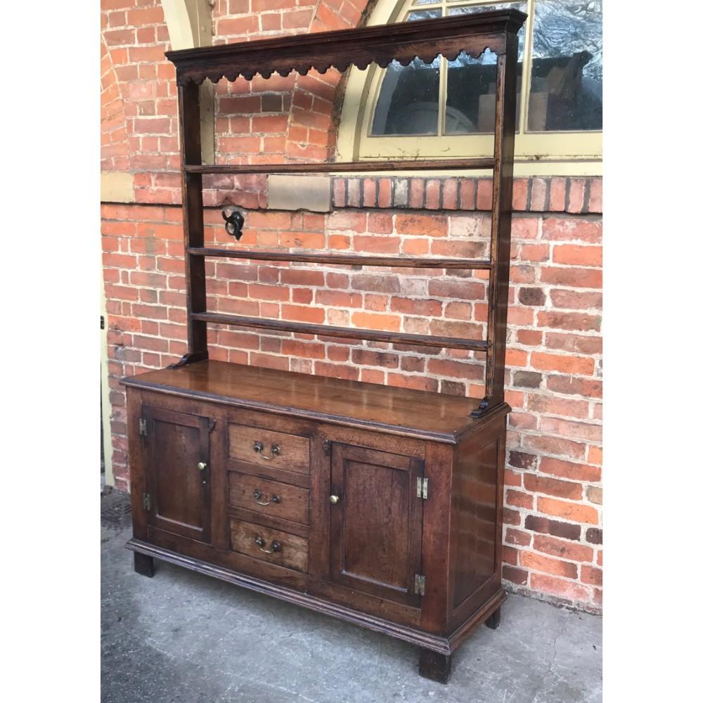 small size georgian oak dresser rack