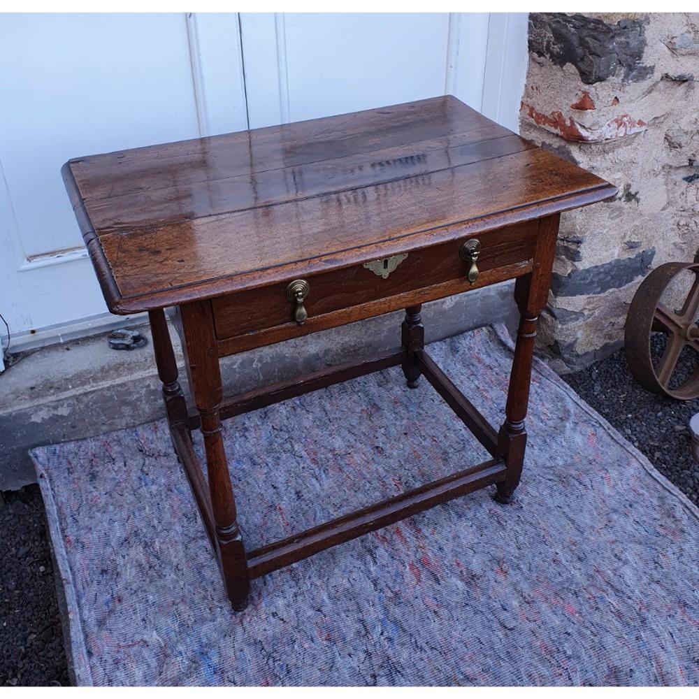 queen anne walnut oak side table