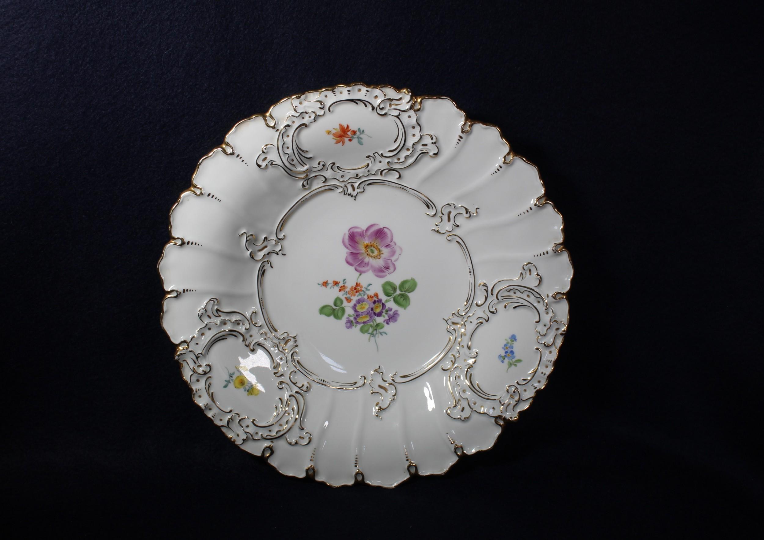 19th century meissen hand painted porcelain dish 30cm