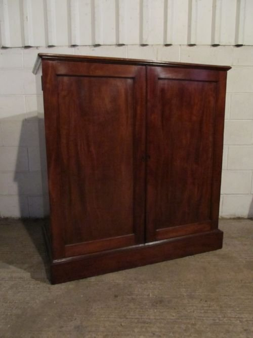 antique georgian mahogany linen press tallboy c1780 wdb61981312