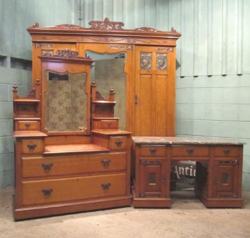 Antique Art Nouveau Solid Oak Bedroom Suite With Copper