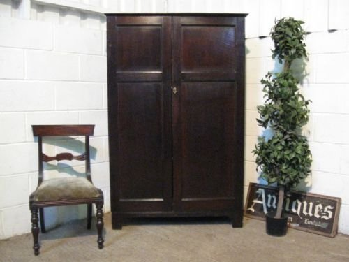 lovely antique georgian coubtry oak armoire cupboard or linen press c1780