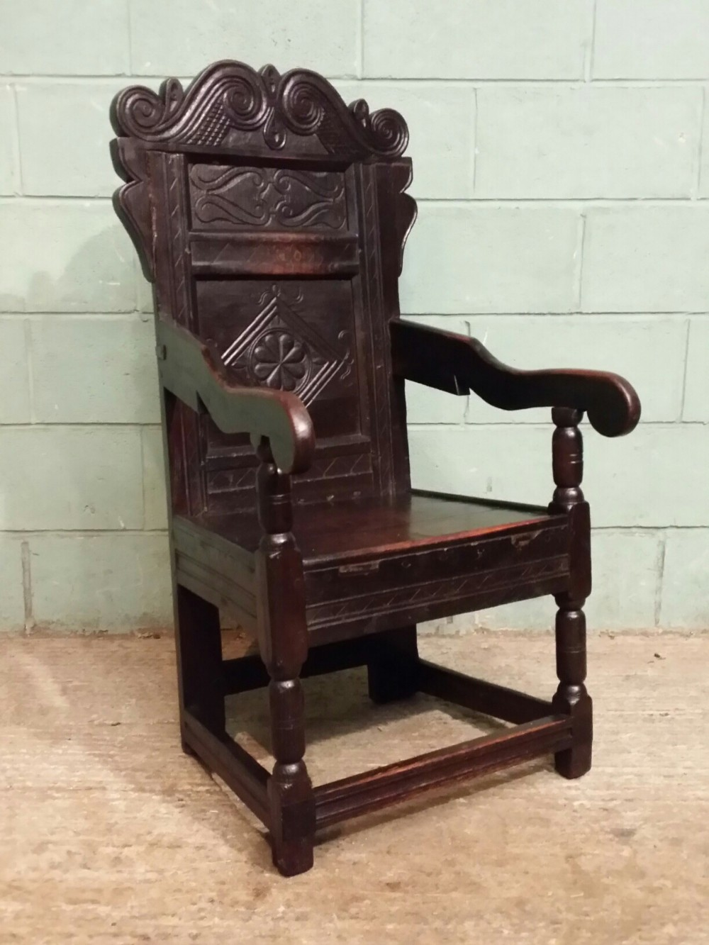 antique early 18th century yorkshire oak wainscot chair c1720