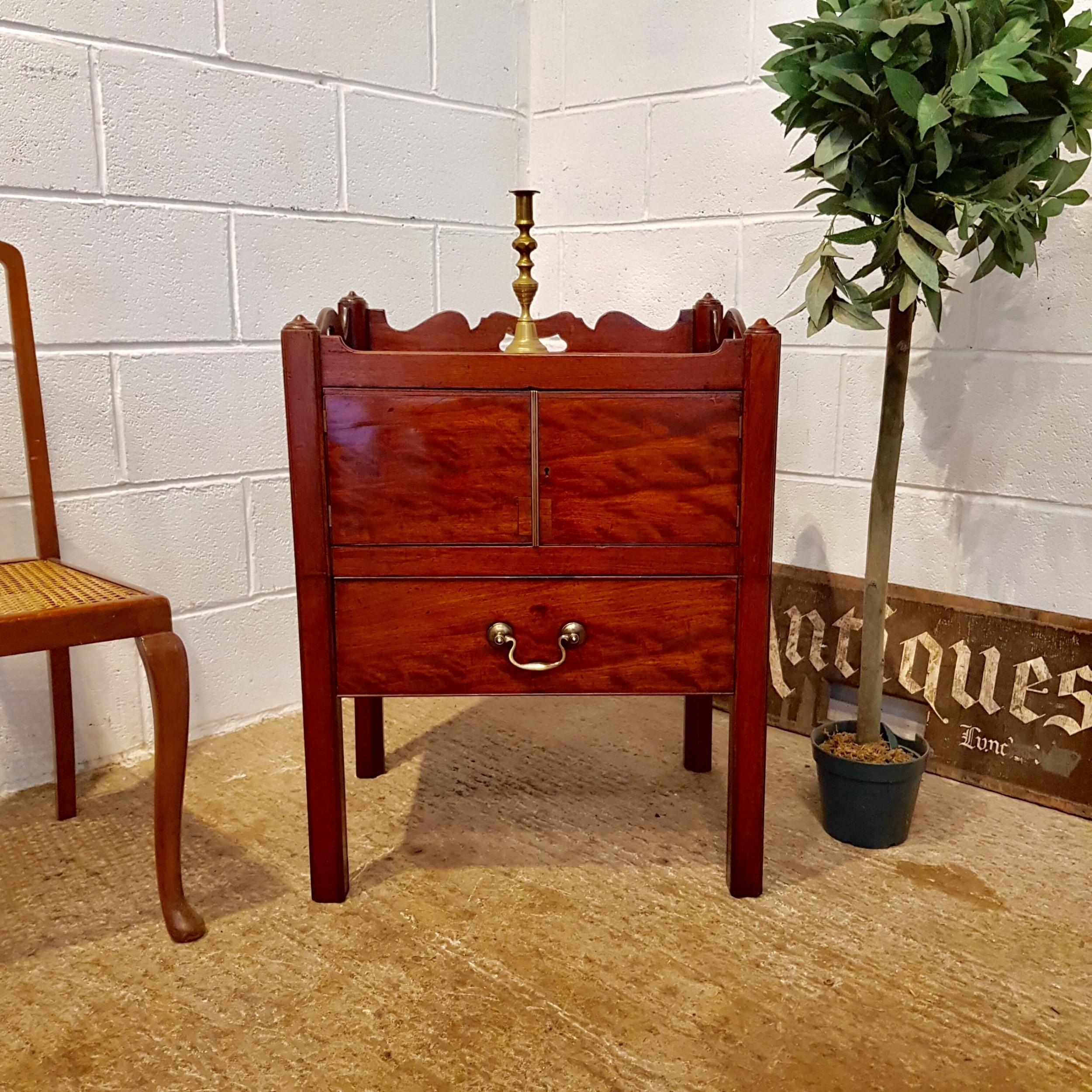 antique georgian period mahoga y night stand c1780