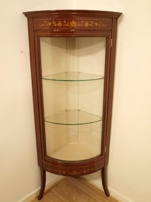 a beautiful fiddle back mahogany edwardian period corner display cabinet - A Beautiful Fiddle Back Mahogany Edwardian Period Corner Display