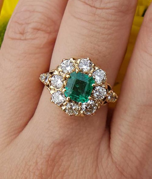 antique 18ct yellow gold diamond and emerald cluster ring