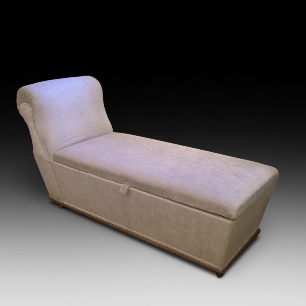 victorian ottoman day bed