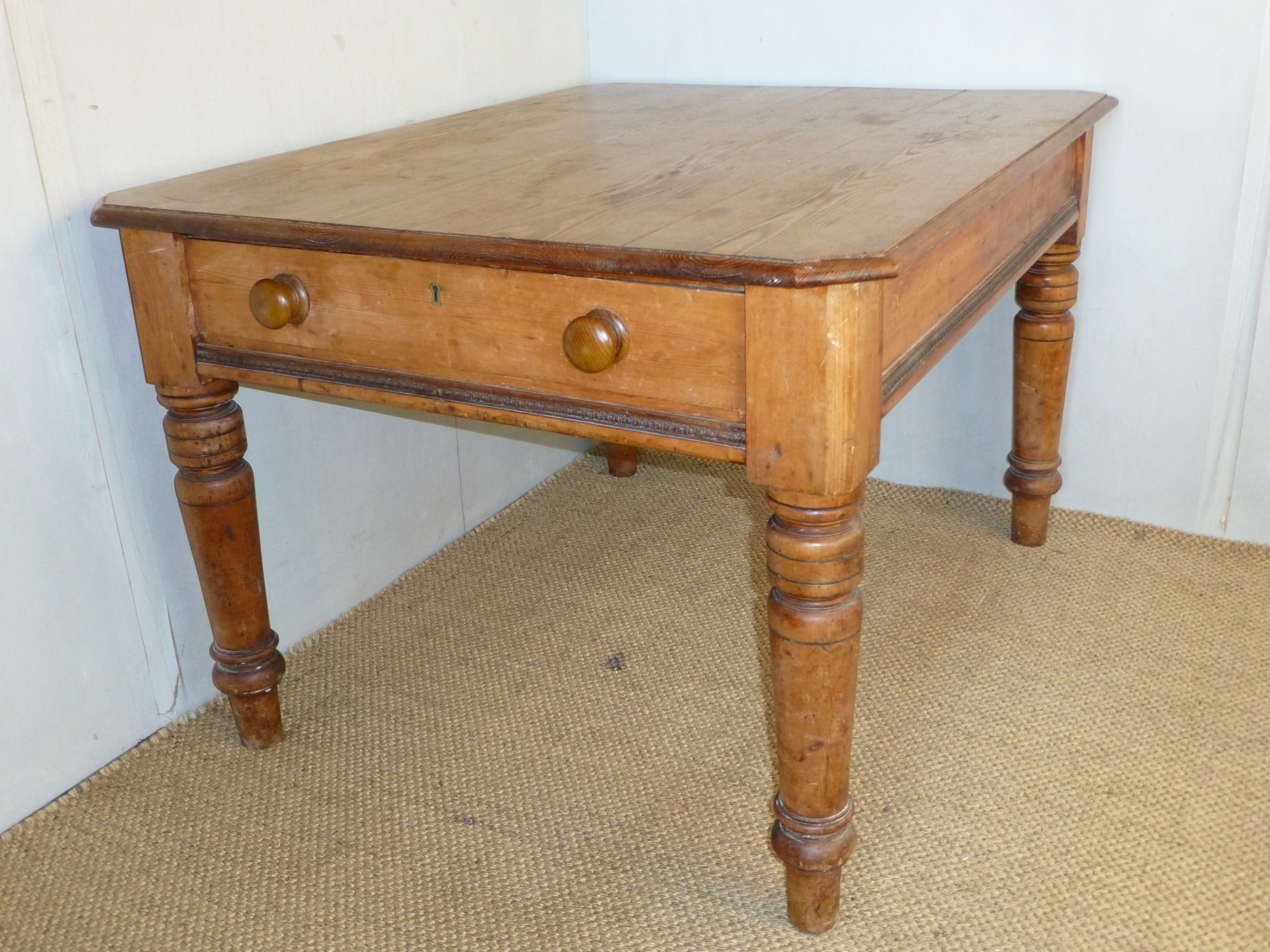 welsh pine scrub top farmhouse kitchen dairy dining table