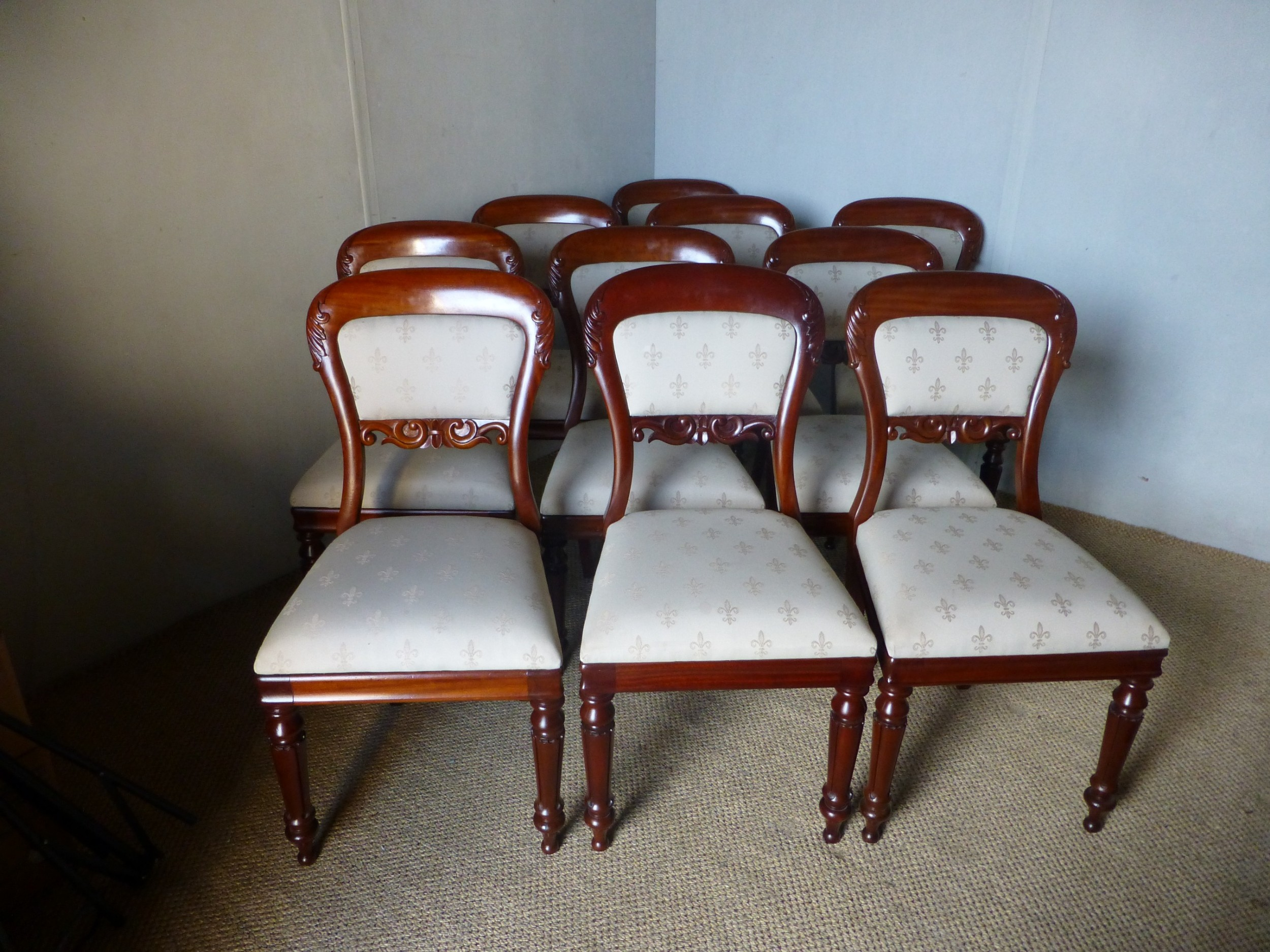 superb set of ten 10 late regency william iv upholstered mahogany dining chairs c1835