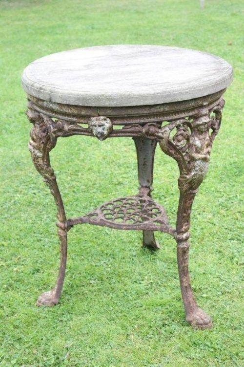 Victorian cast iron britannia pub table 238269