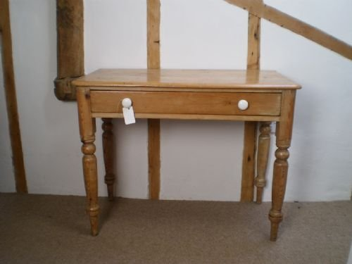 Table Victorian Pine Side Tablecloverleaf Home Interiors 45 Delivery Retail  Quality Part 50