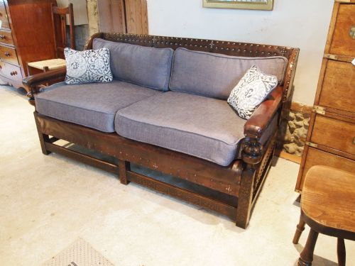 arts and crafts leather couch. Black Bedroom Furniture Sets. Home Design Ideas