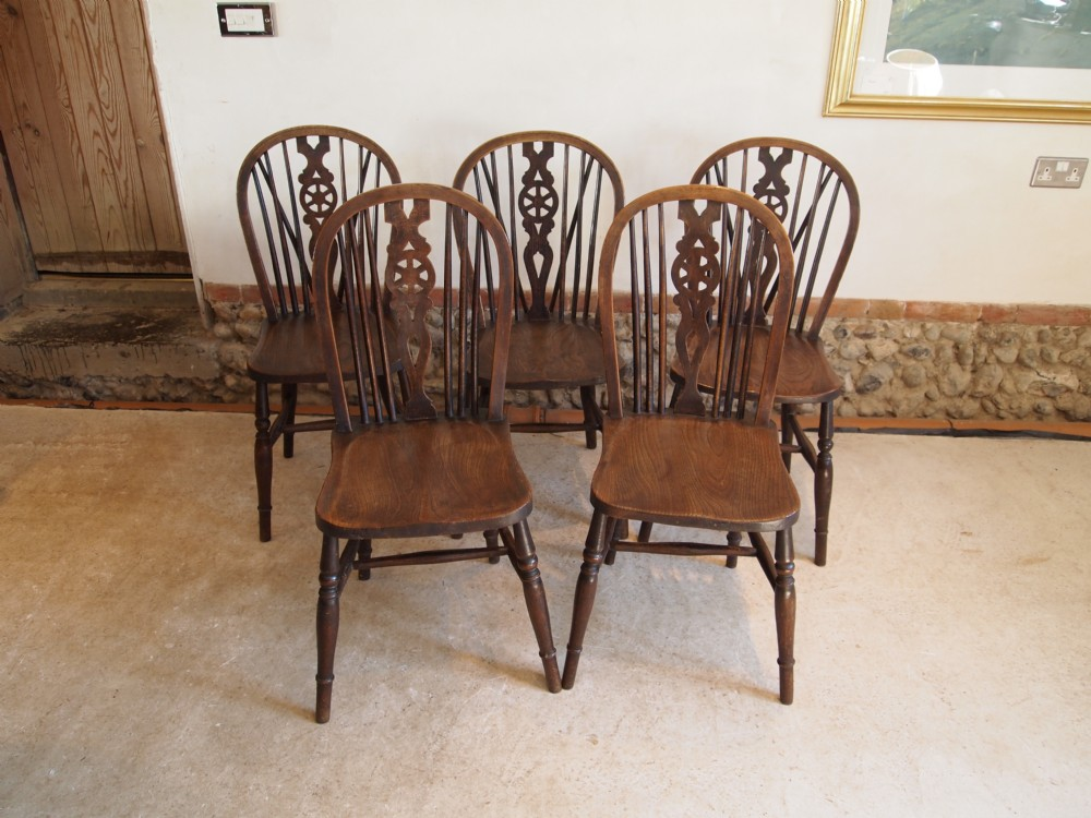 chairs victorian windsor wheel back kitchen or dining chairs c1890 - Chairs Victorian Windsor Wheel Back Kitchen Or Dining Chairs C1890