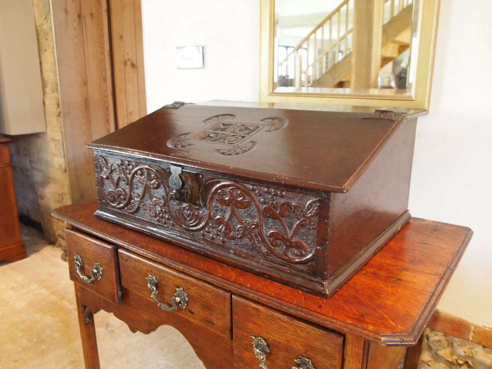 bible box original oak carved bureau queen anne dated 1710. Black Bedroom Furniture Sets. Home Design Ideas