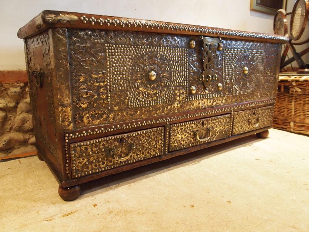 Chest Coffer Blanket Box Coffee Table Zanzibar Chest Victorian Period C1870 379699