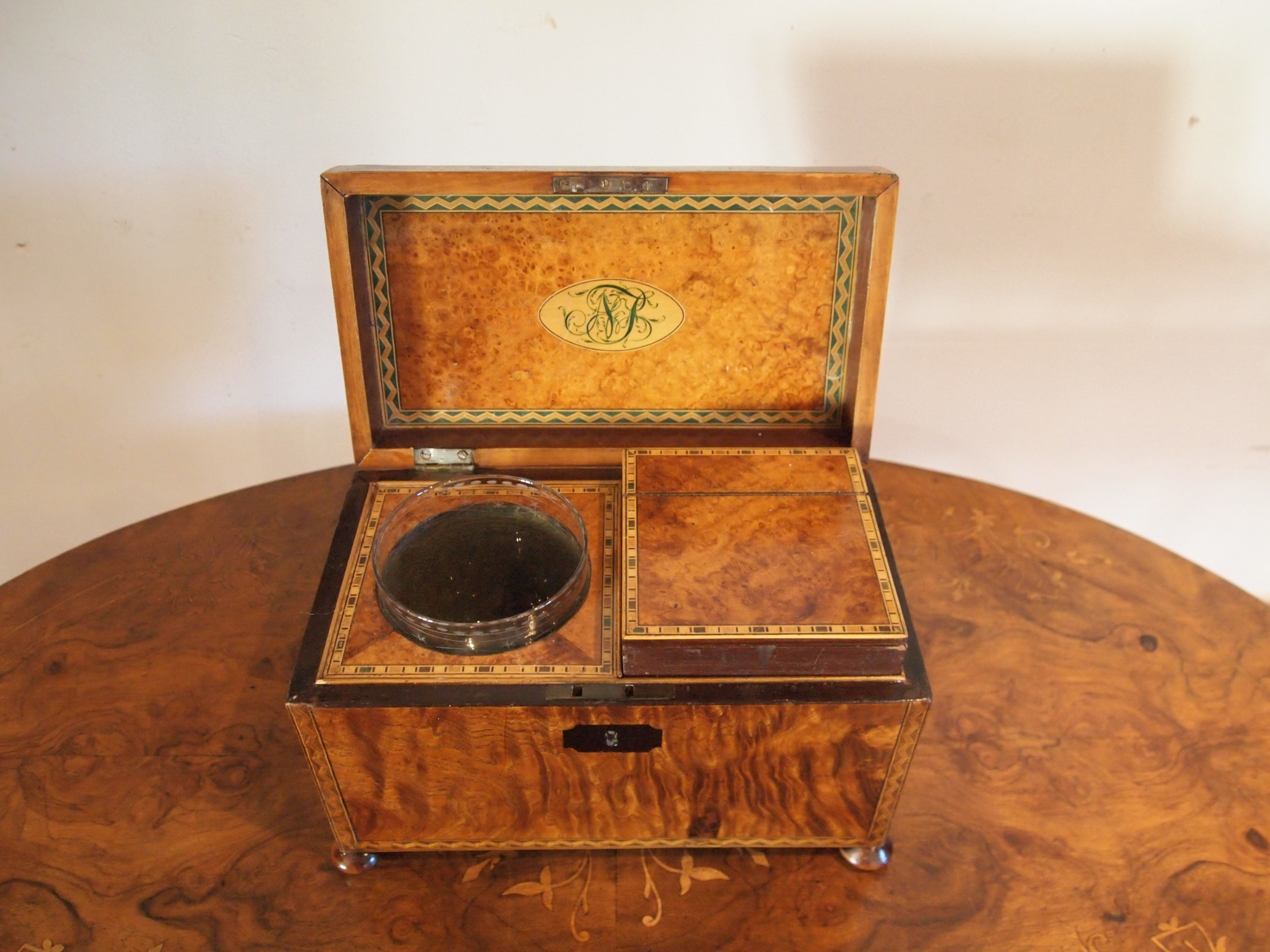 tea caddy very fine and rare burr elm original bowl george iv c1825