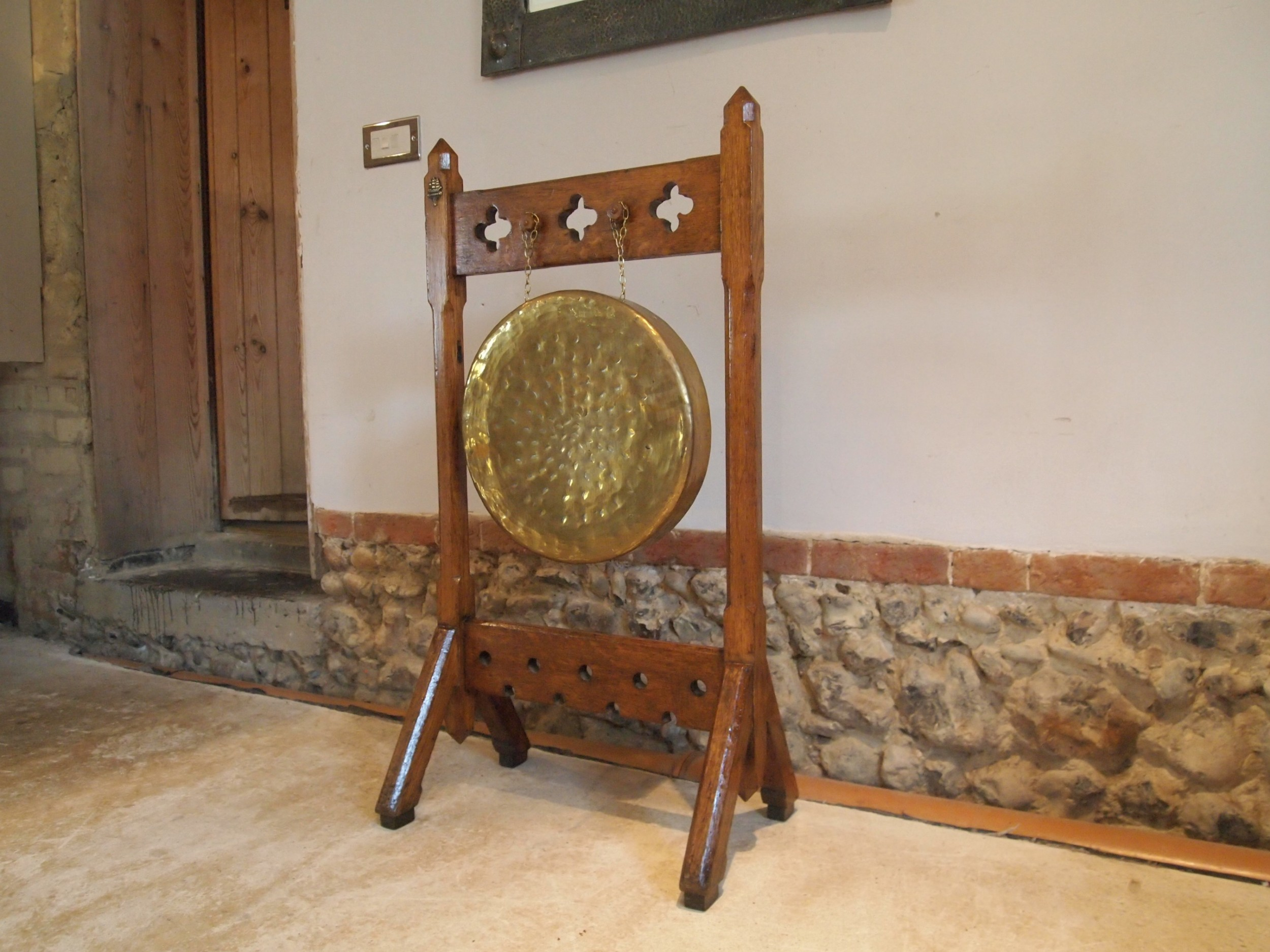 gong dinner pugin style arts and crafts oak c1890