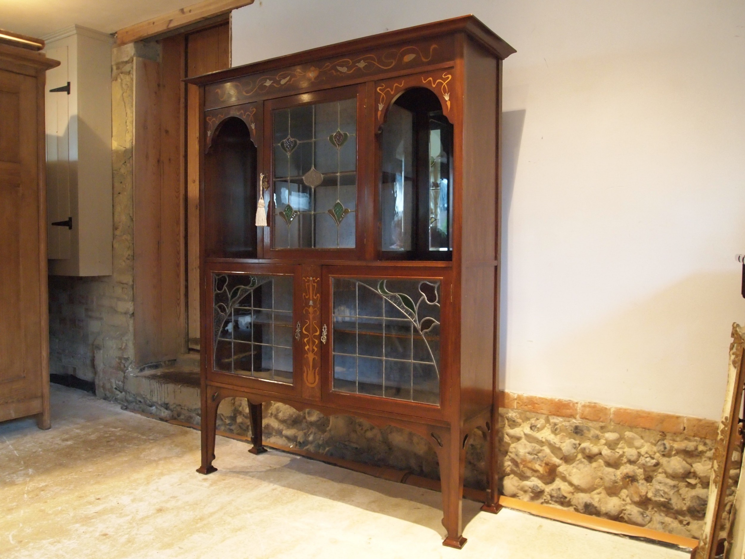 display cabinet stunning arts and crafts art nouveau mahogany c1890