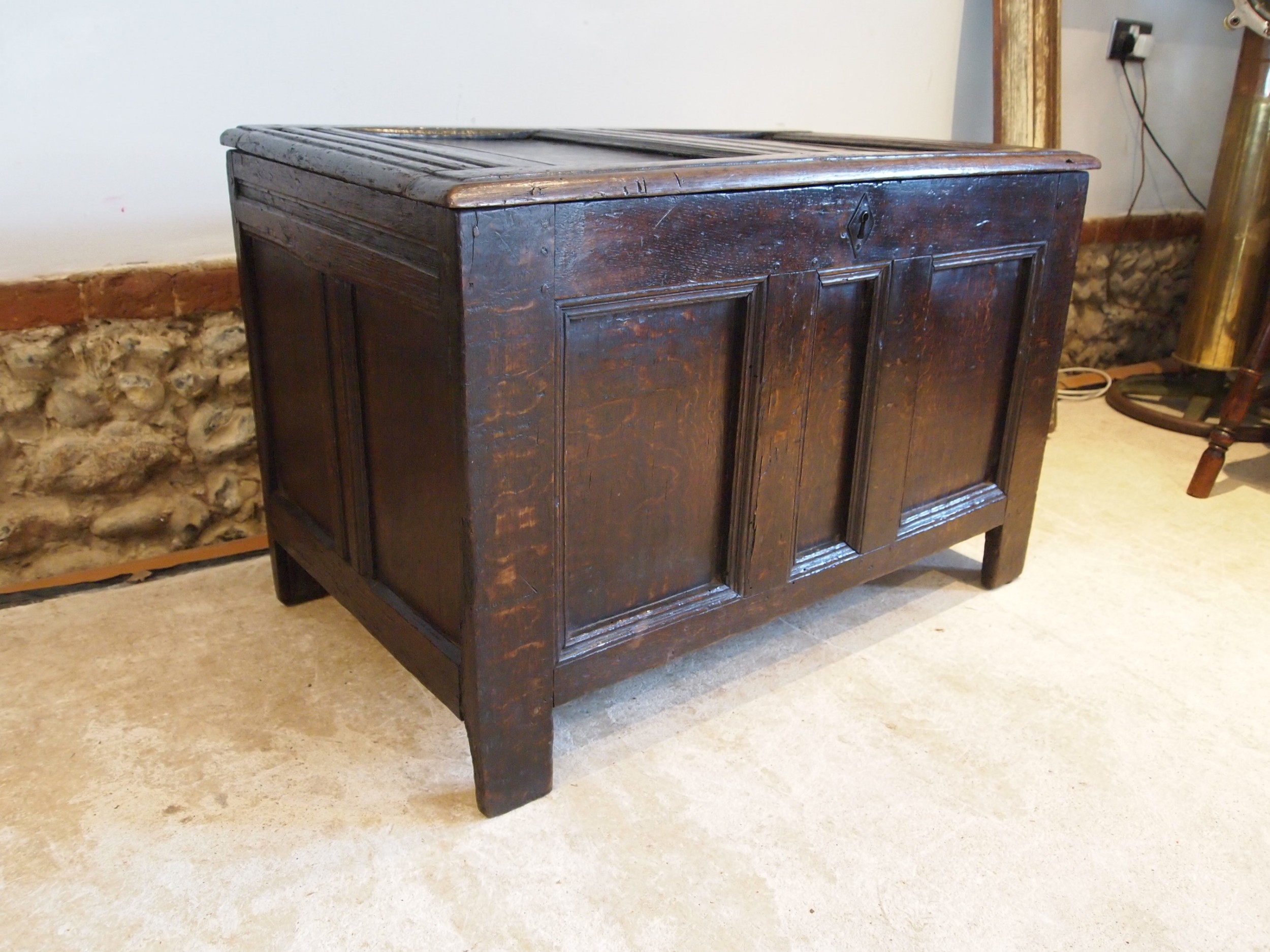 coffer chest trunk small oak william and mary c1690