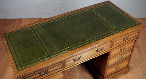 edwardian kneehole desk - photo angle #4