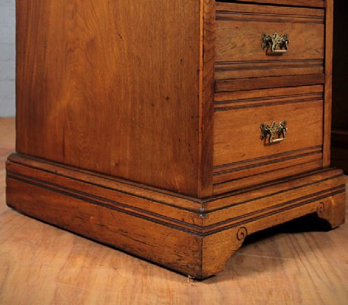 edwardian kneehole desk - photo angle #7