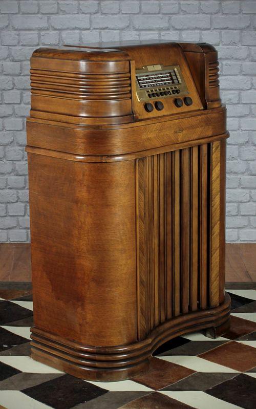 philco 40 180 art deco valve radio 285955. Black Bedroom Furniture Sets. Home Design Ideas