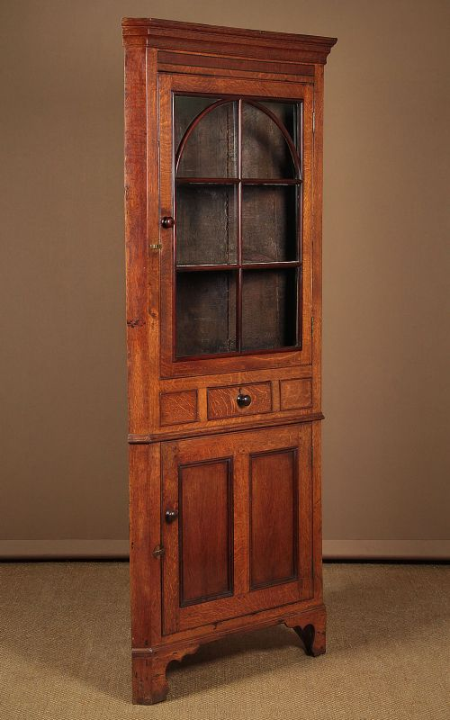 welsh oak corner cupboard c1820