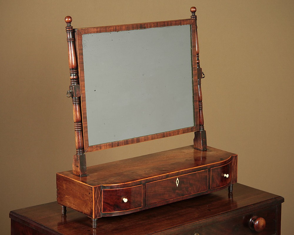 georgian dressing table mirror with drawers c1810