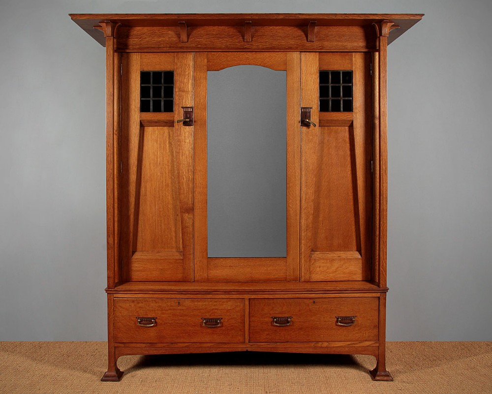 oak arts crafts wardrobe c1900