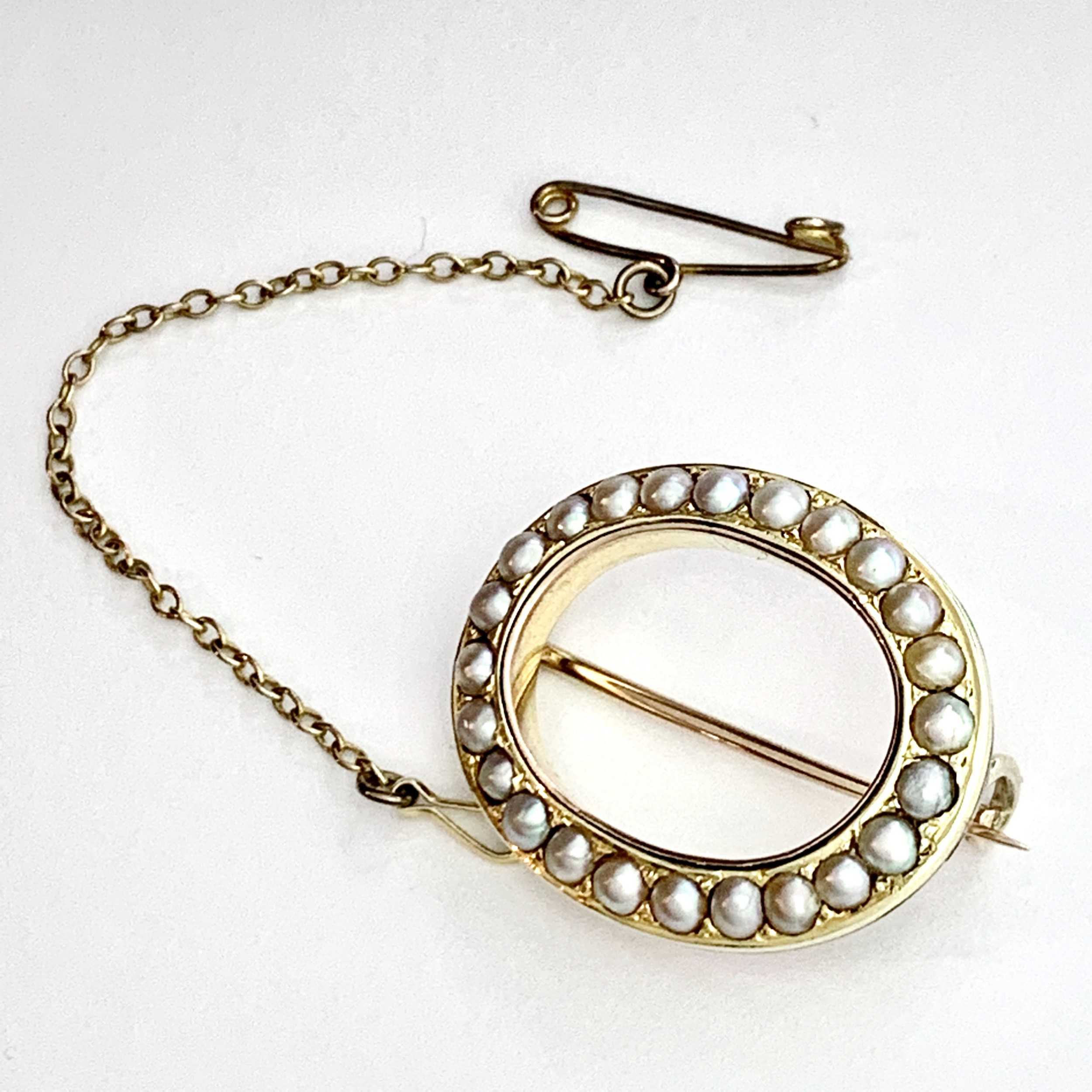 victorian 9ct gold pearl halo brooch with removable safety chain