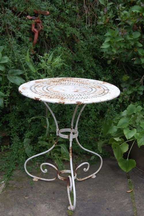ANTIQUE FRENCH IRON GARDEN TABLE. SOLD