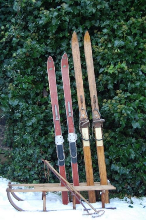vintage skis and sledges