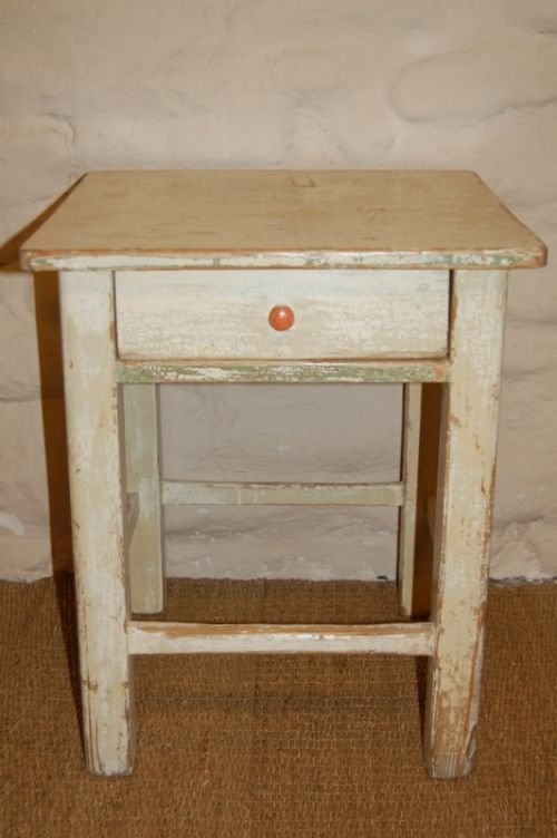 Charmant Antique Pine Country Side Table Stool