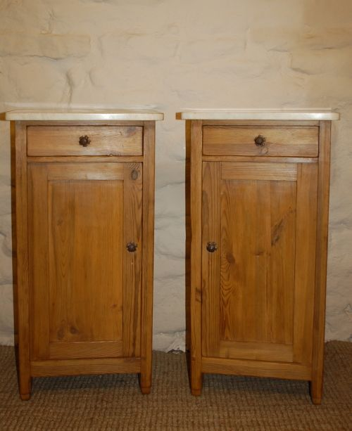 antique pair of pine bedside cabinets pot cupboards - Antique Pair Of Pine Bedside Cabinets / Pot Cupboards 182736 Www