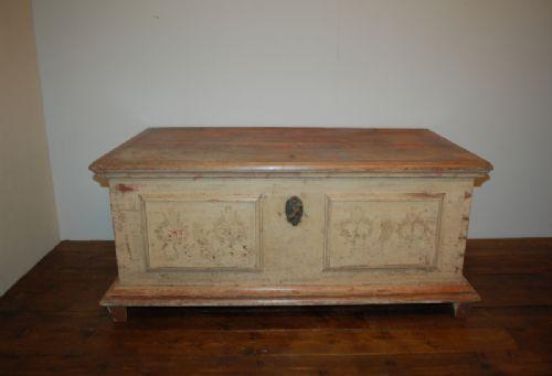 antique pine dowry chest bedding box trunk original paint 1840