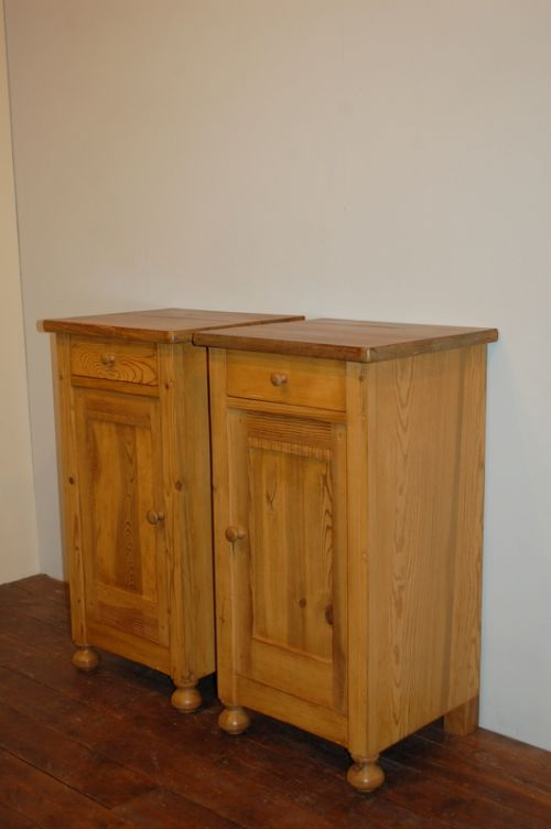 antique pair of pine bedside cabinets pot cupboards 1890
