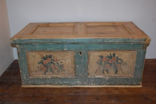 antique pine blanket box dowry chest trunk original paint 1820