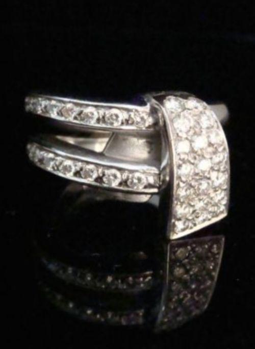 retro 18ct heavy white gold designer diamond ring