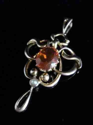 edwardian 9ct natural fire opal pendant