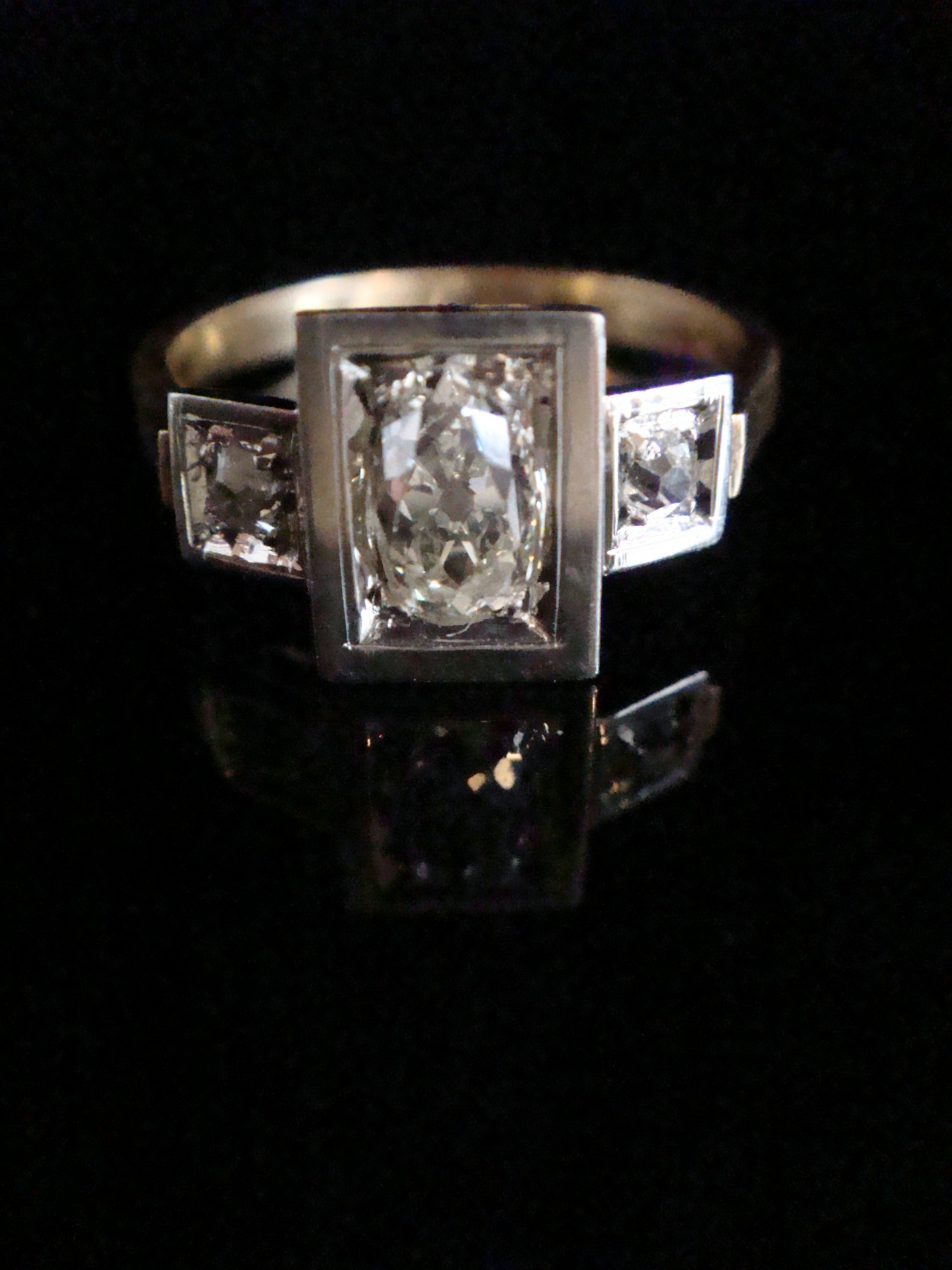 french edwardian 18ct white and yellow gold old cut diamond 3 stone ring 085ct