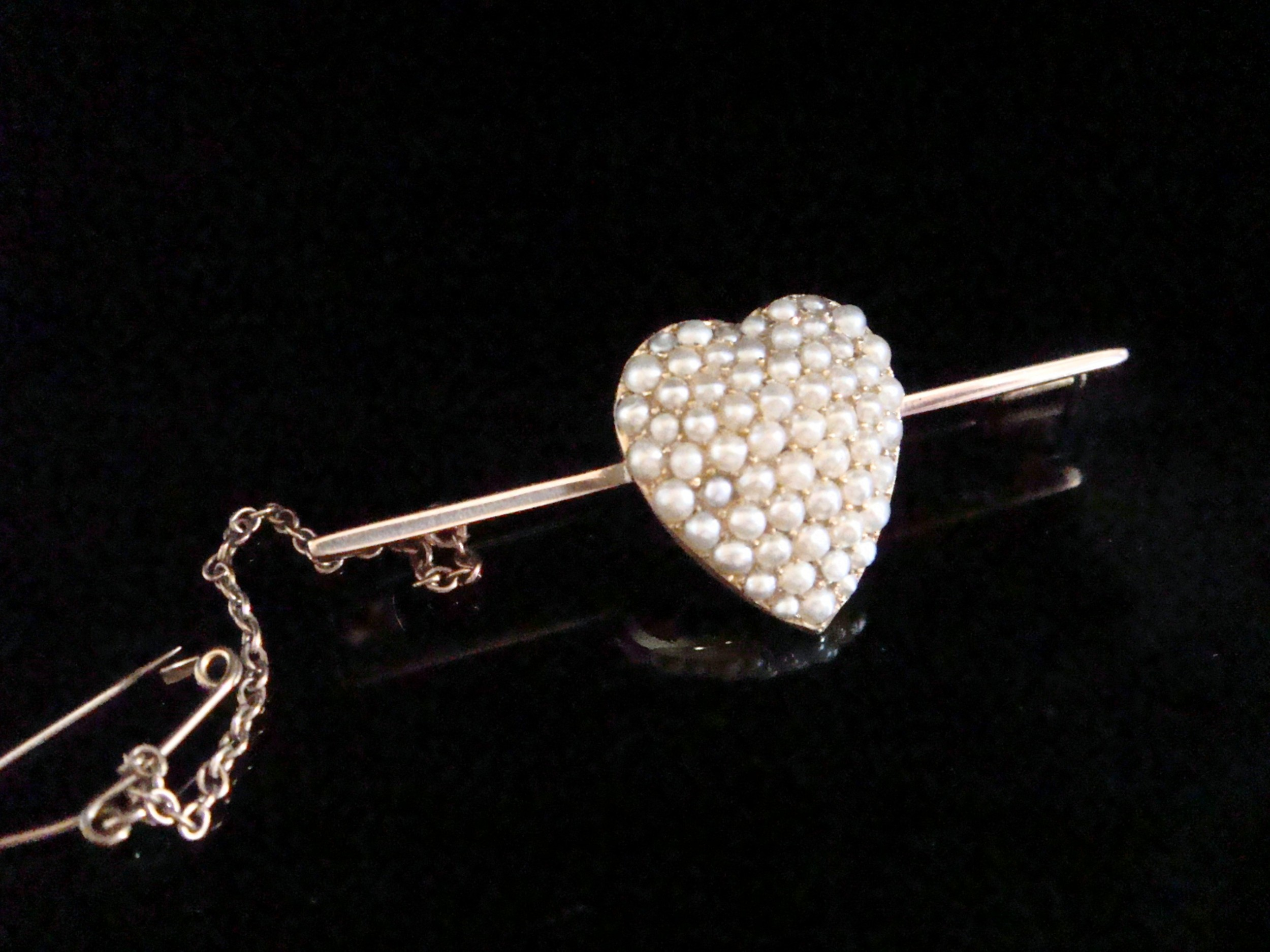 victorian original 15ct high carat seed pearl puff heart brooch large