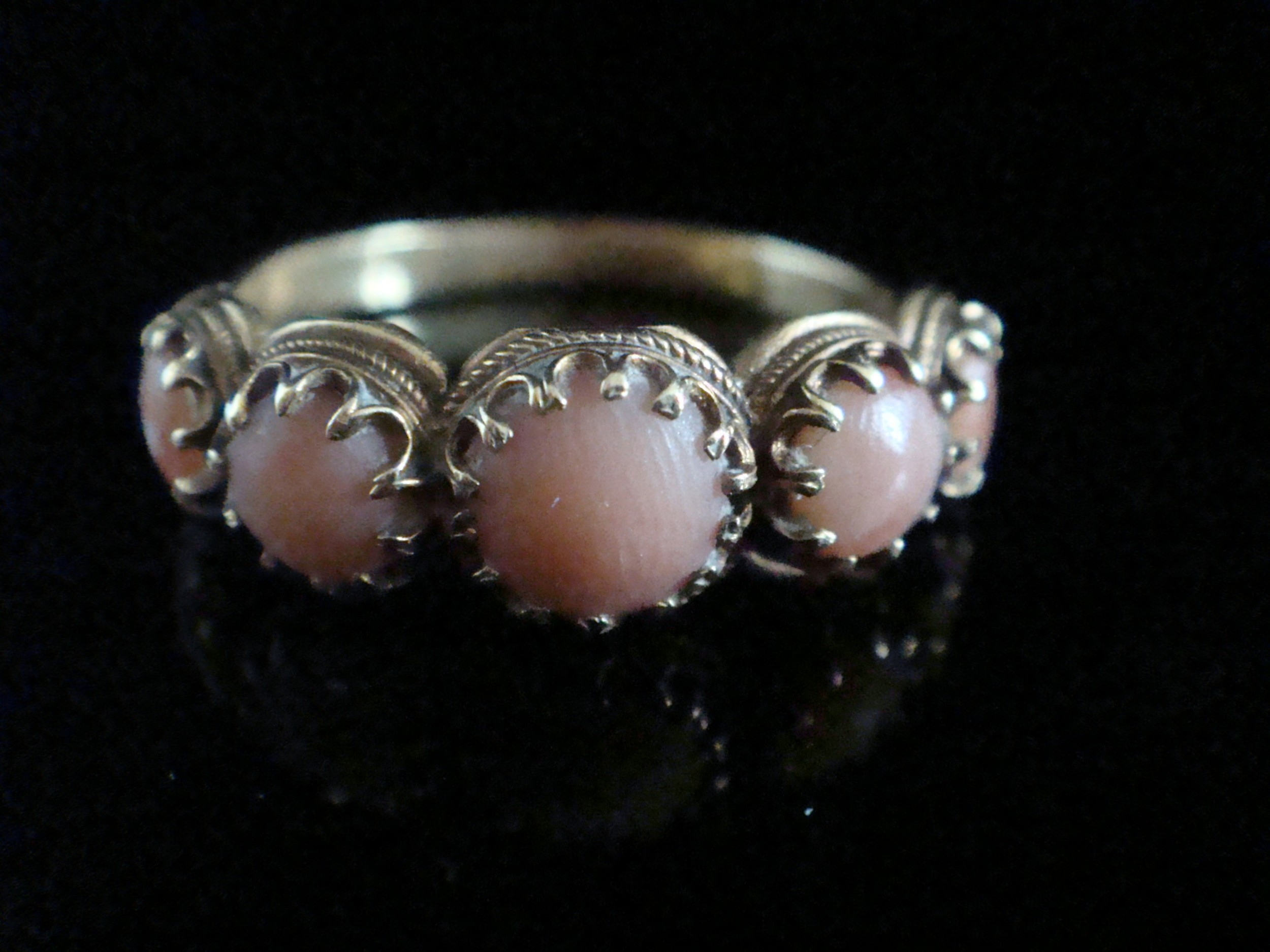 georgian 18ct natural coral 5 stone ring