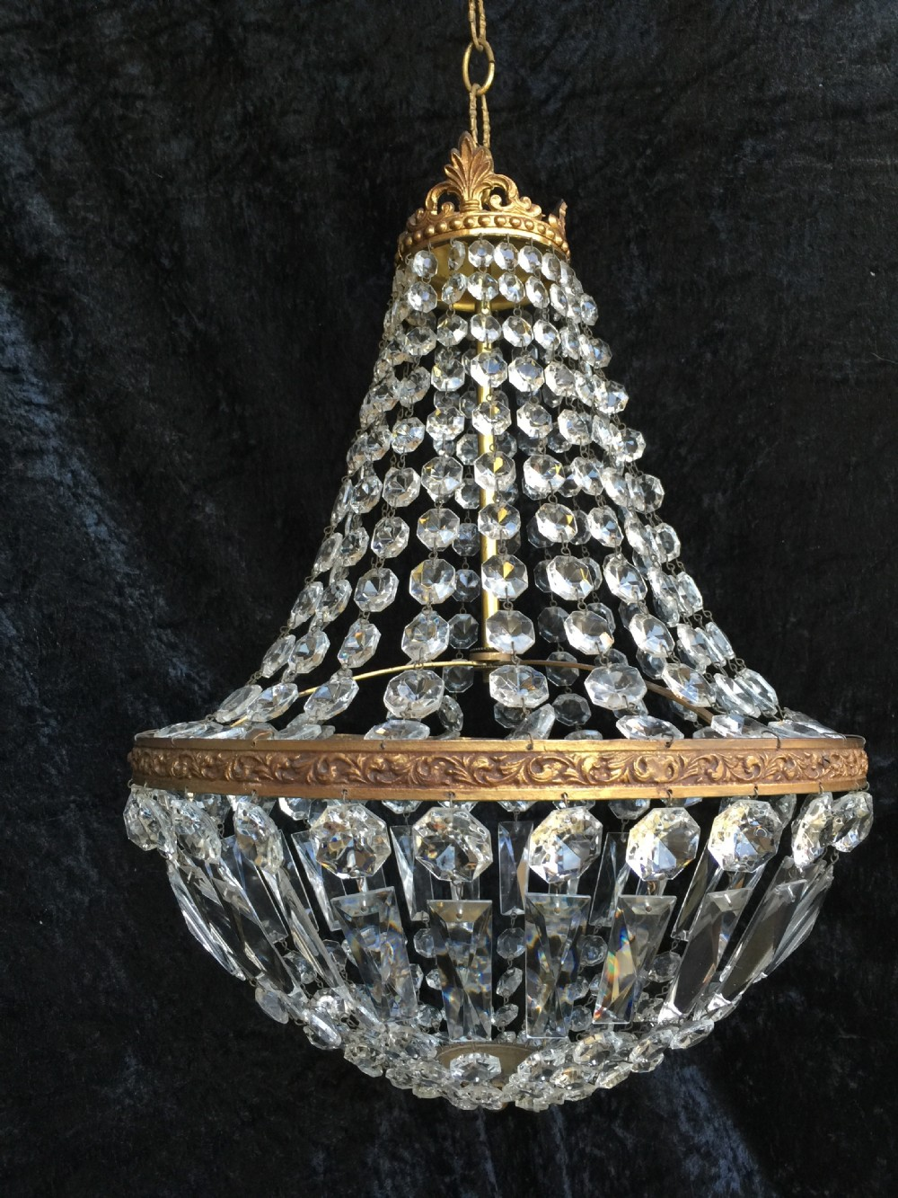 french empire sac a perle chandelier