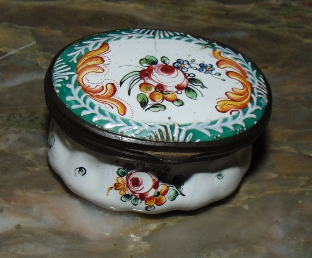 georgian bilston enamel patch box circa 1780
