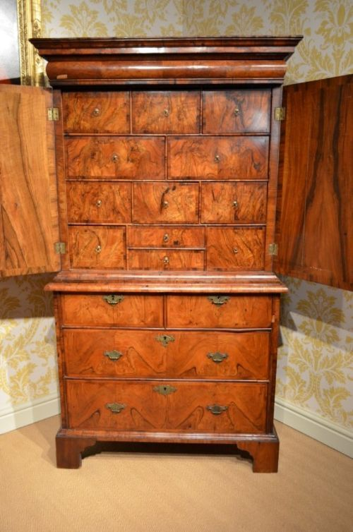 rare early 18th century walnut cabinet on chest of superb small proportions