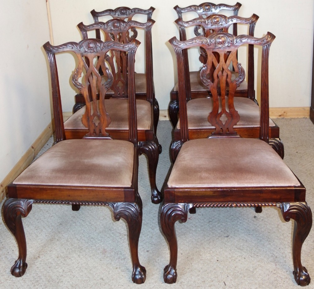 Set Of Six Carved Mahogany Chippendale Style Dining Chairs 441196