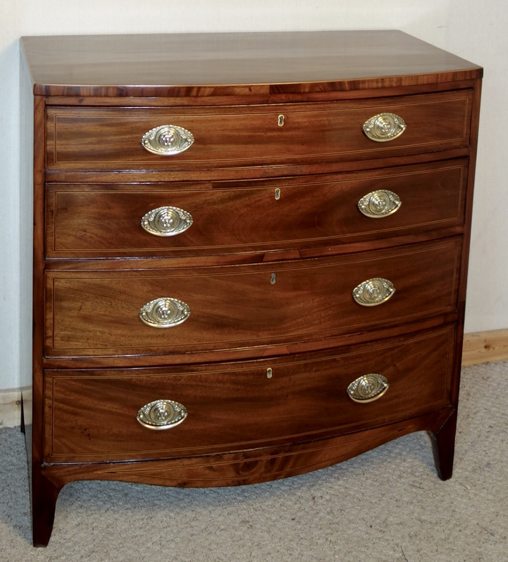 bowfront georgian chest of drawers